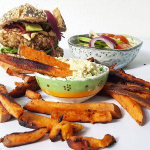 tunaburger menu tonijn burger zoete aardappel frites frietjes friet dip recept nicole gabriel goforhealthy.nl