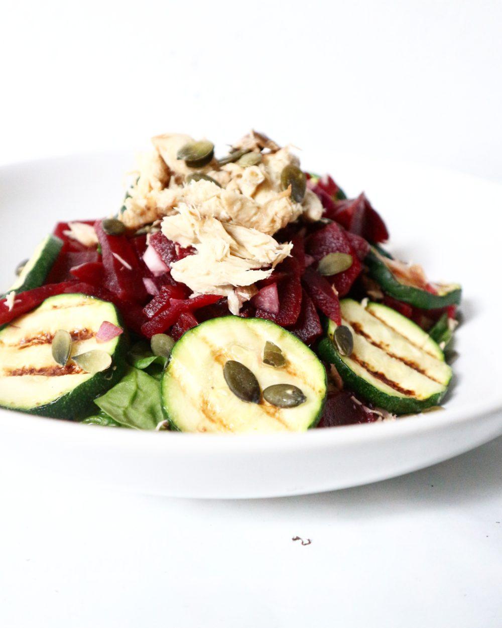 makreel rode bieten salade courgette recept gymjunkies.nl