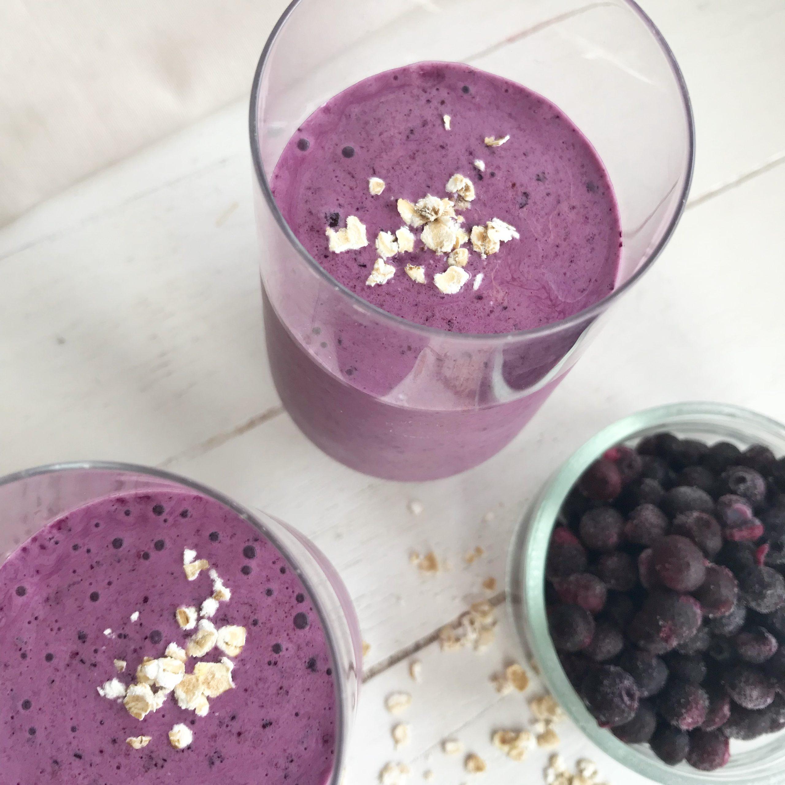 eiwitrijke smoothie, blueberry smoothie, gymjunkies, gezonde recepten, eiwitrijk ontbijt