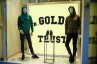 in gold we trust lanceert sneaker