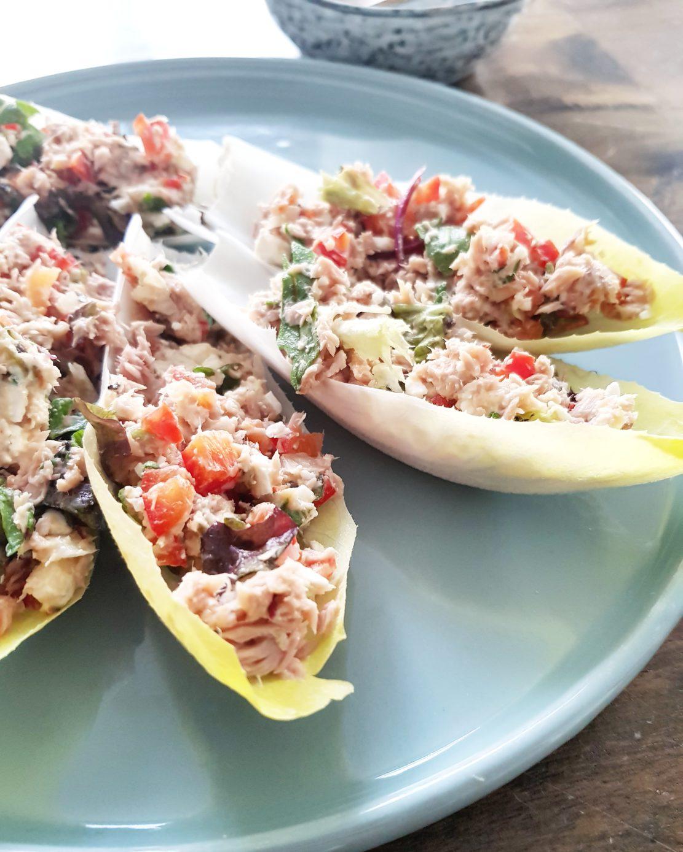 frisse witlofbootjes met tonijn vis recept zomer