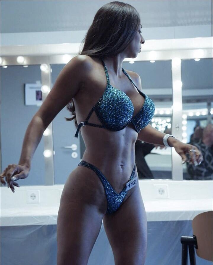 stefanie balk, bikini fitness wedstrijd, fitness wedstrijd, interview gymjunkies