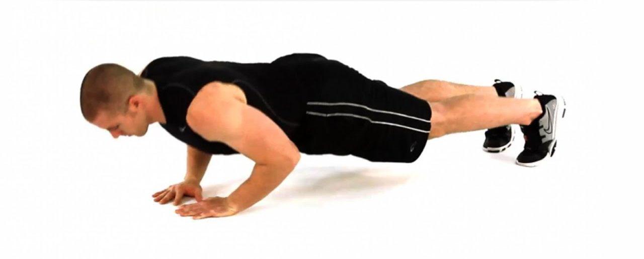oefeningen triceps close grip push ups